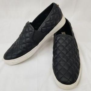Steve Madden Endell Slip On Leather Shoes